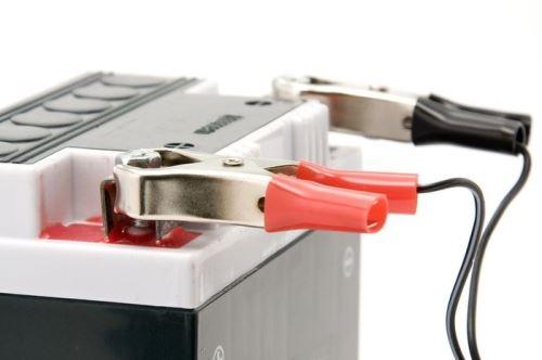 Как обслуживать и правильно заряжать автомобильную аккумуляторную батарею